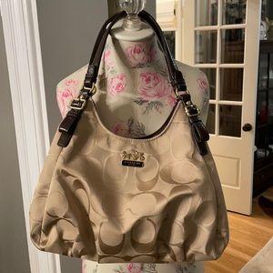 Coach purse khaki signature pattern no. 18762